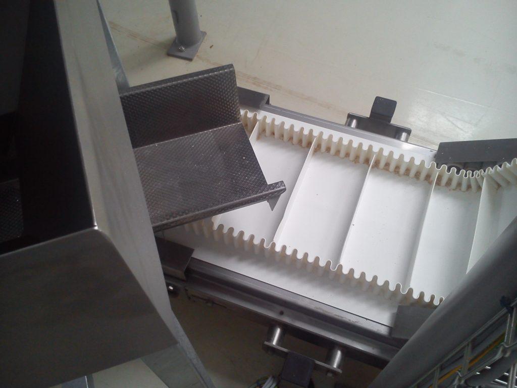Pásový elevátor lomený Z 306