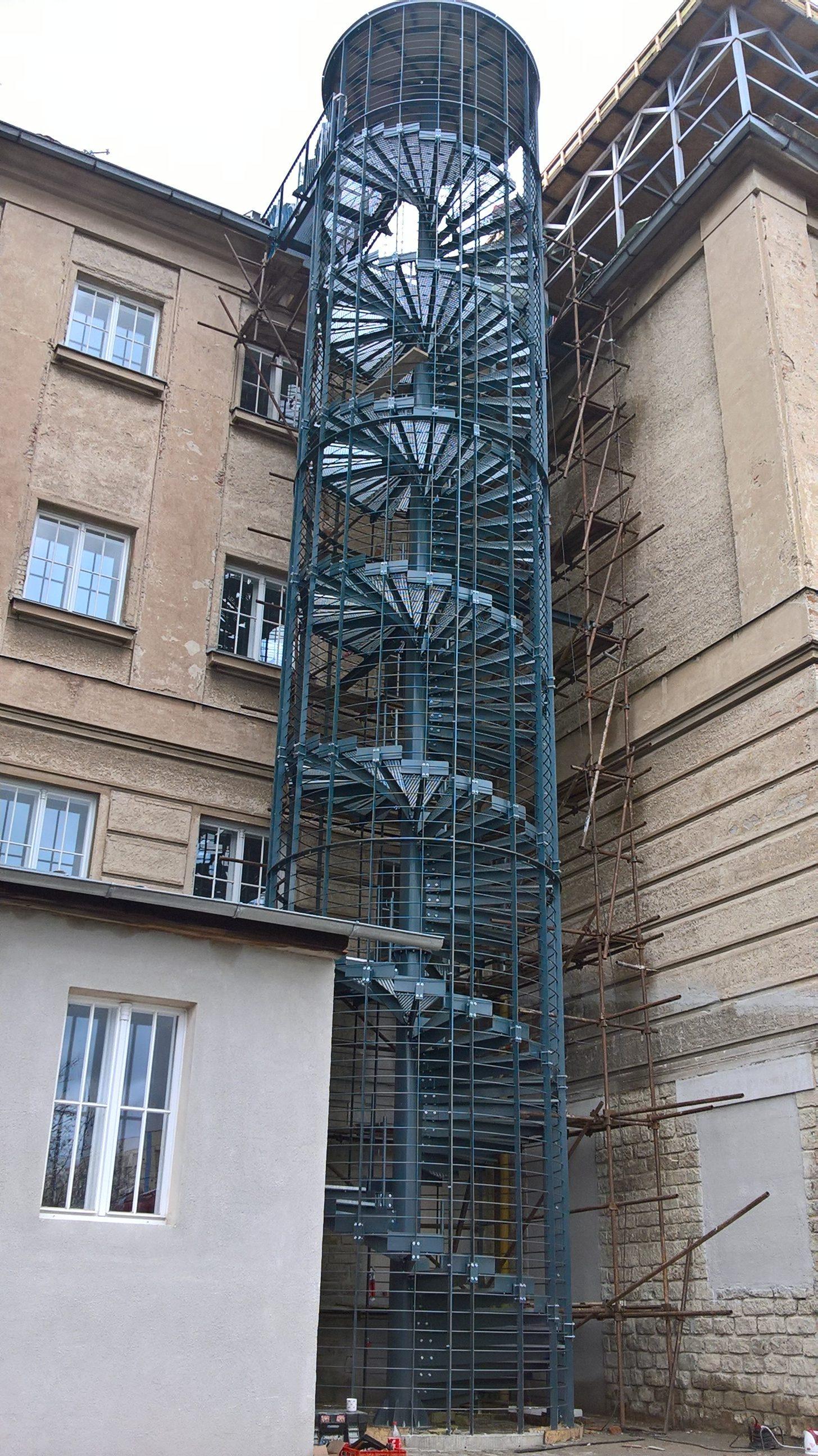Venkovní požární schodiště